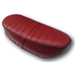 Selle Dax Ribs rouge piping noir